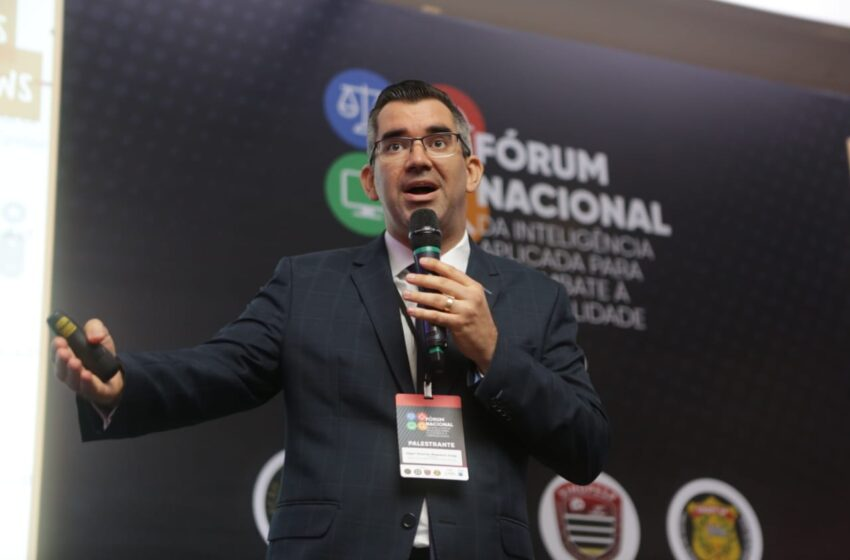 Delegado apresentou palestra e lançou livros no Fórum Nacional da Inteligência Aplicada para o Combate à Criminalidade – IACC